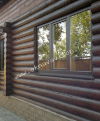 трехстворчатое окно коричневого цвета